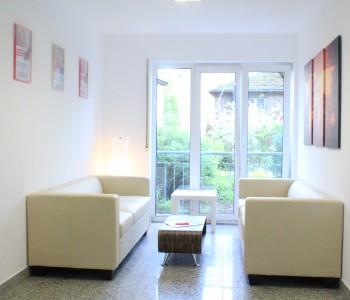 Immobilien-Lounge-von-Immoro-Immobilien-Immobilienmakler-in-Wiesbaden