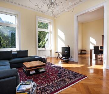 Wohnung-Altbauwohnung_Wiesbaden_Wohnzimmer_Immobilienmakler_image2