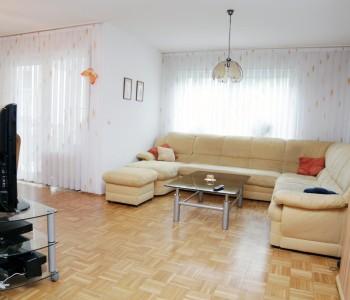 Wohnung-mieten-Mainz-Kastel_Wiesbaden_Immobilienmakler_Makler_Provisionsfrei_Wohnzimmer_Bild_Alexander-Kurz-Immobilienmakler