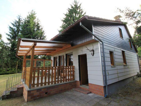 Haus Waldwinkel Wochenendgrundstück Dörrebach verkauf Wochenendhaus Immobilienmakler immoro 2016 Bild Makler